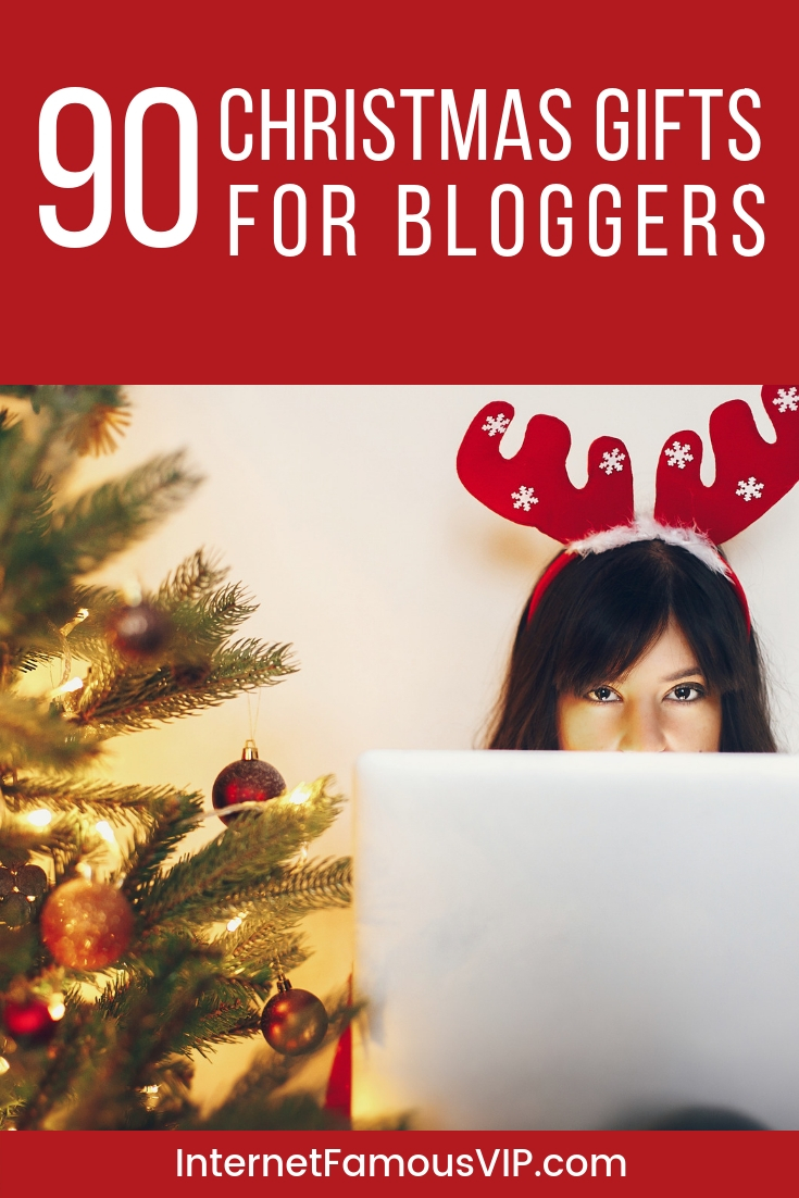 95+ Christmas Gifts for Bloggers